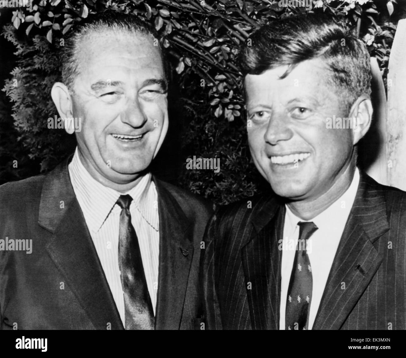 U.S. Senators John F. Kennedy and Lyndon B. Johnson, after announcing Johnson's Vice Presidential Place on Ticket, - Stock Image