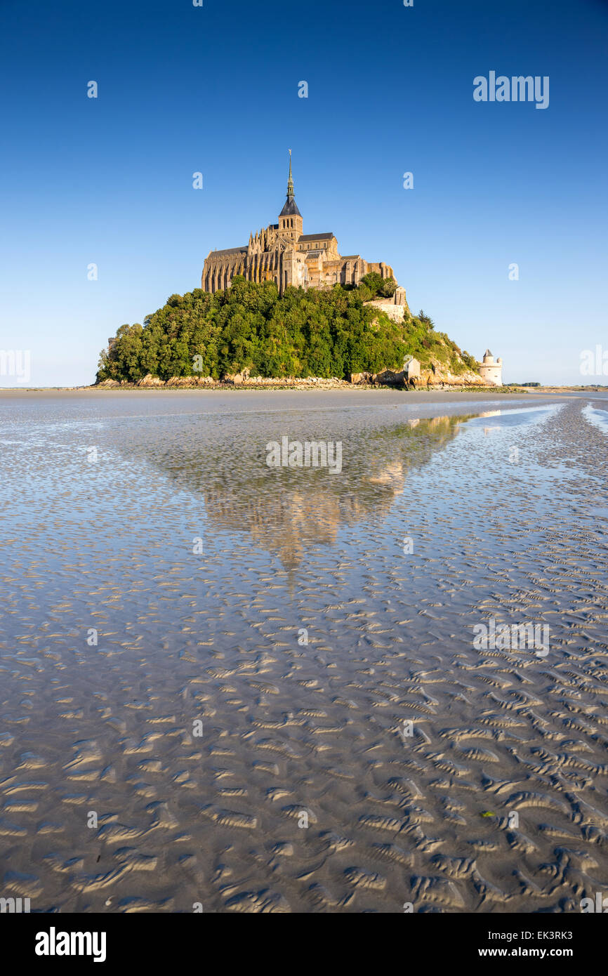 France, Manche, Mont Saint Michel bay, listed as World Heritage by UNESCO, Mont Saint Michel at low tide - Stock Image