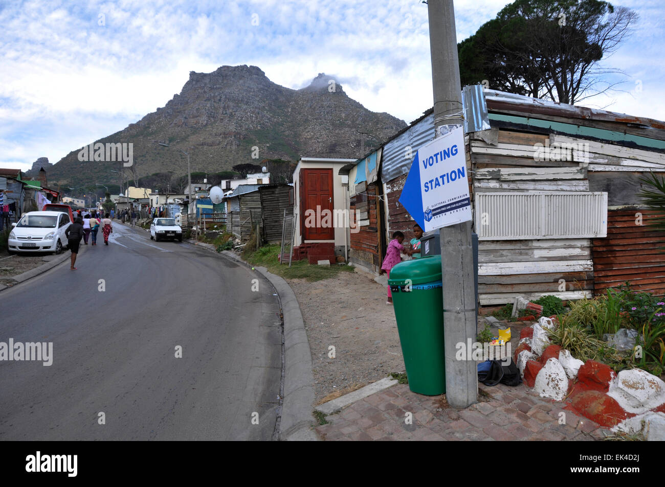 Sign to one of the voting stations in Imizamo Yethu, an informal settlement in Hout Bay on Election day , Cape Town Stock Photo