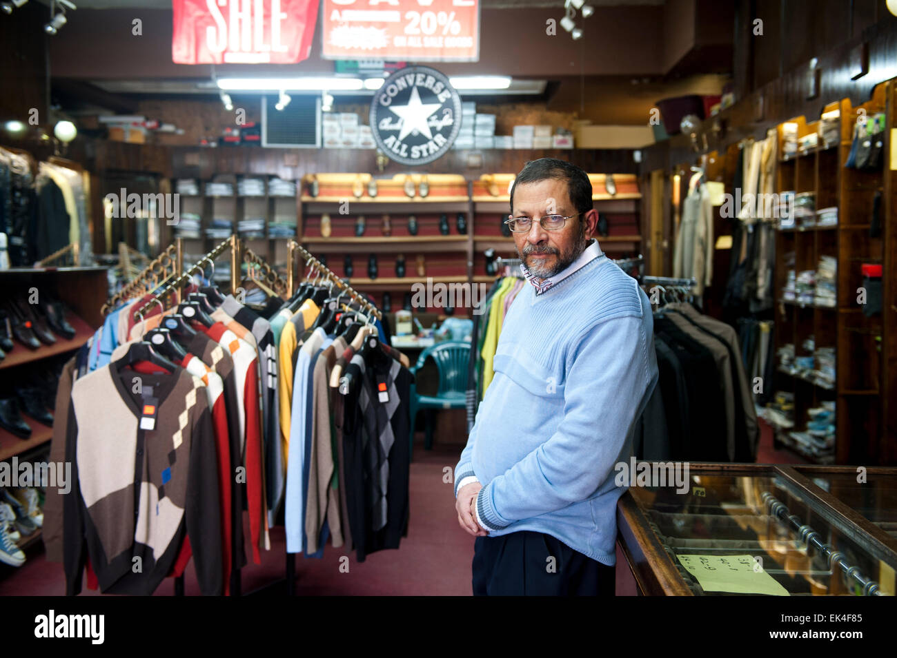 khalil shaiknag (58) running a family owned store that has been around for  3 generations. from the 1940s. a statue - Stock Image