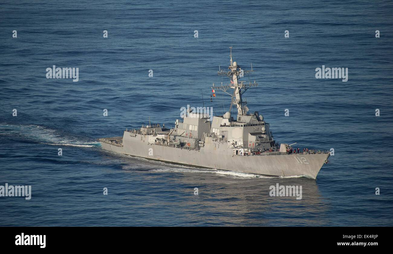 The US Navy Arleigh Burke-class guided-missile destroyer USS Michael Murphy underway March 18, 2015 in the  Philippine - Stock Image