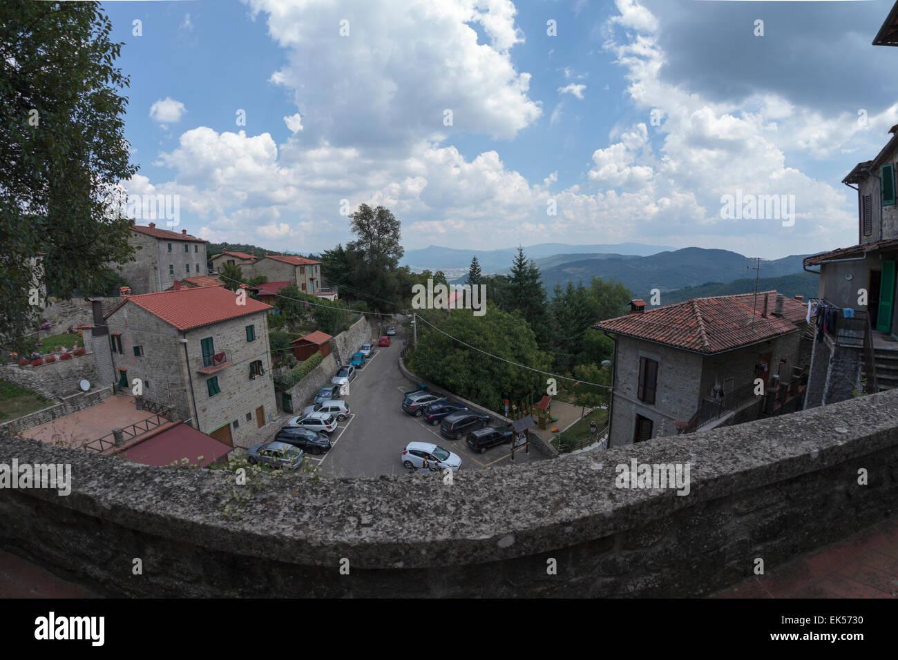 Village landscape, Quota di Poppi, Casentino, Tuscany - Stock Image