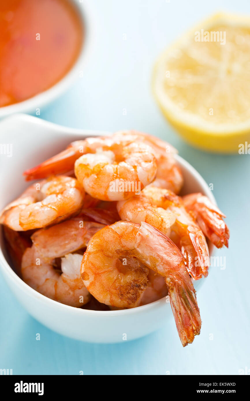 grilled prawns in a bowl - Stock Image