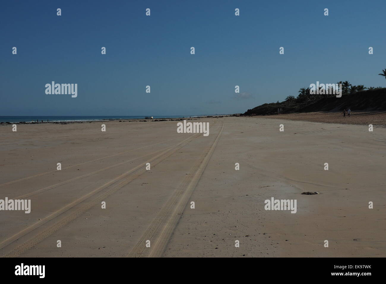 Tyre tracks on Cable Beach, Broome. - Stock Image
