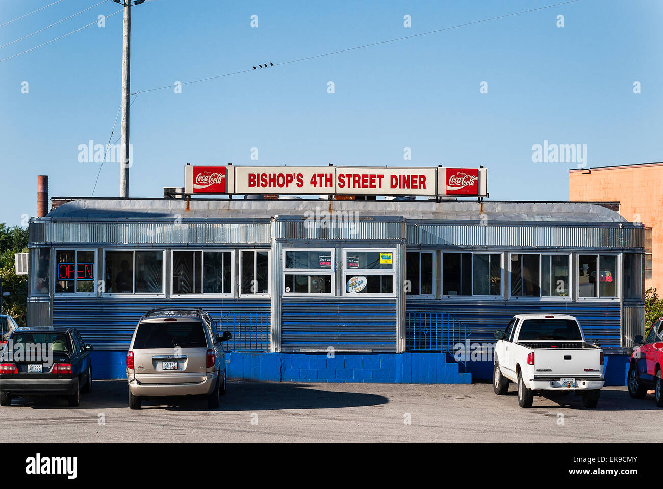 American Diner Exterior High Resolution Stock Photography And Images Alamy