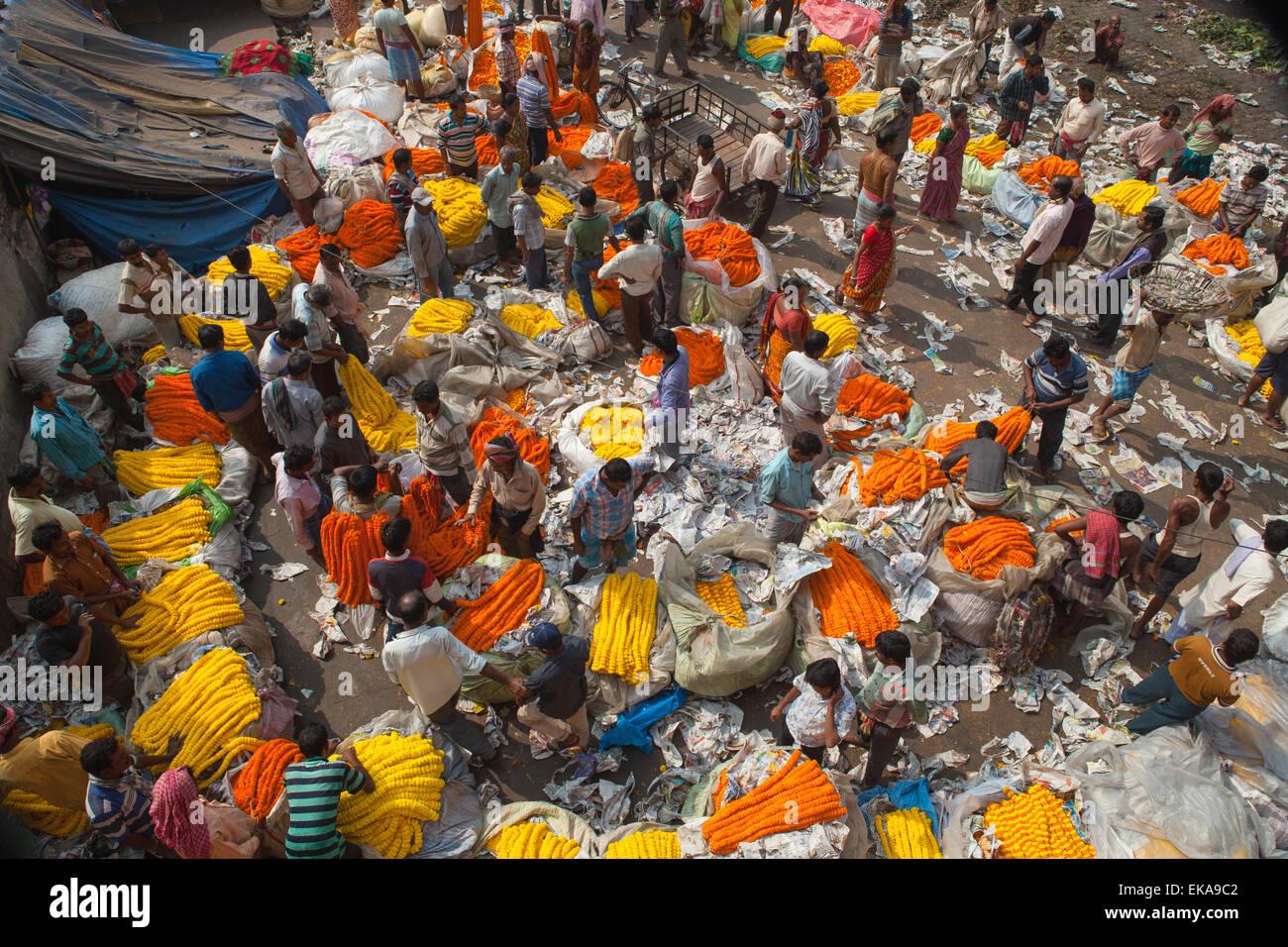 Malik Ghat Flower Market in Calcutta - Stock Image