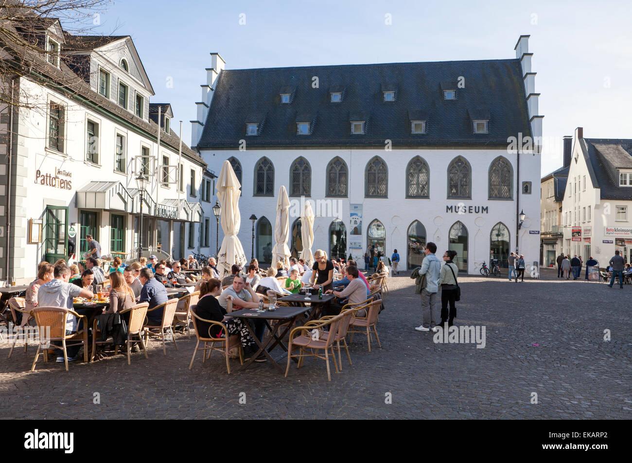 Restaurant and museum at the Alter Markt square, Hanseatic City of Attendorn, Sauerland region, North Rhine-Westphalia, Stock Photo