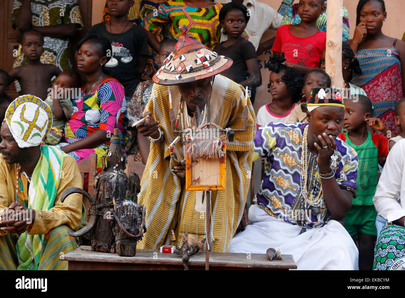 Voodoo Priest Stock Photos & Voodoo Priest Stock Images - Alamy