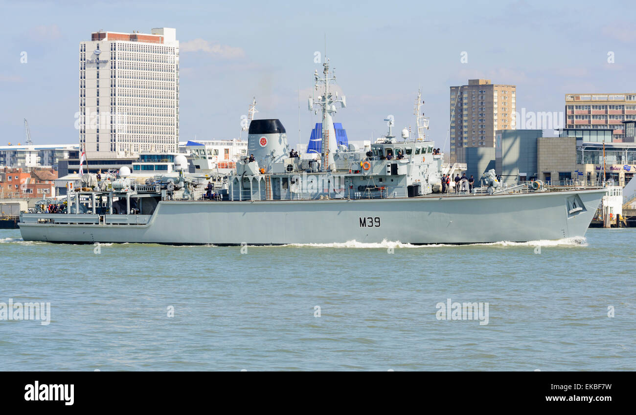 HMS Hurworth (M39) Hunt class mine countermeasures Royal Navy ship in Portsmouth Harbour, Portsmouth, Hampshire, - Stock Image