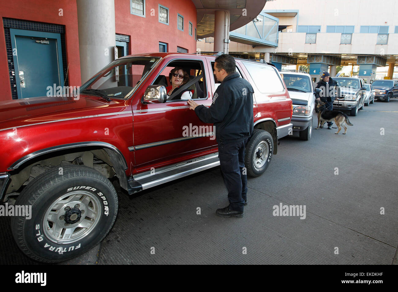 012611: Nogales, AZ - CBP Officers conduct vehicle inspections and document checks at the United States/Mexico port - Stock Image