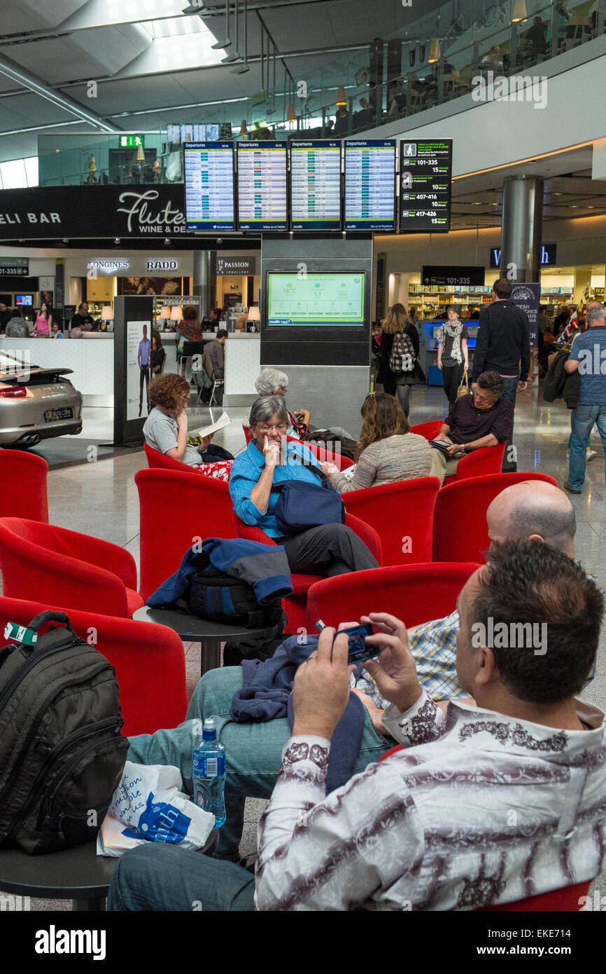 dublin airport departure lounge - Stock Image