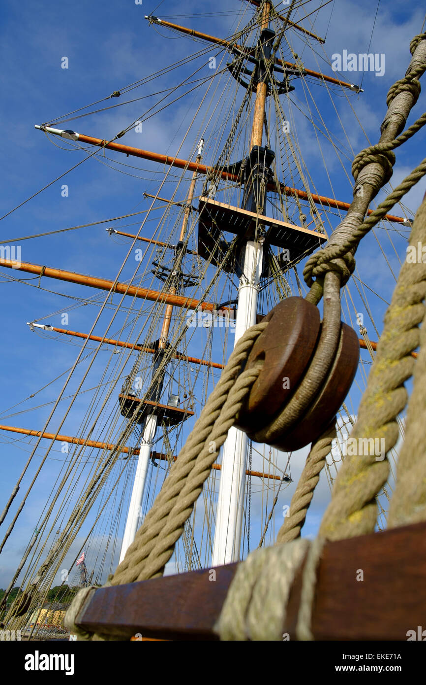 rigging Photo by Peter Cavanagh [Must Credit] - Stock Image