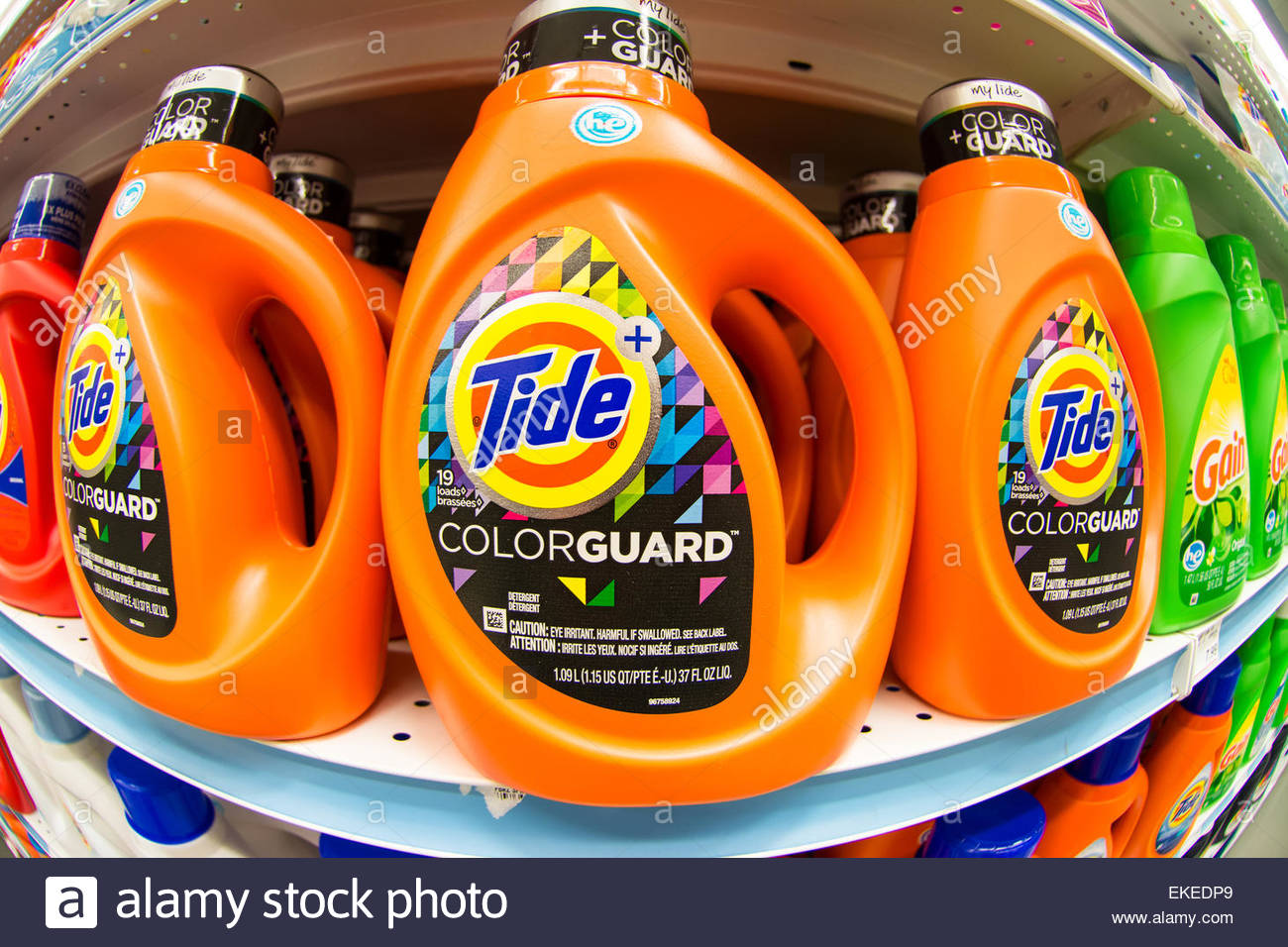 Tide laundry detergent in store shelf.Tide is the brand-name of a laundry detergent - Stock Image