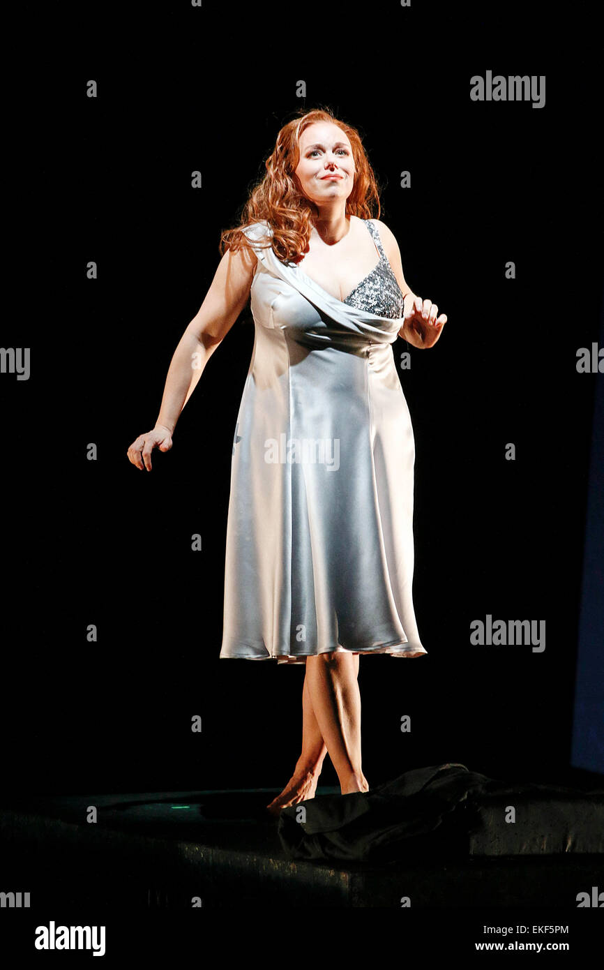 Leipzig, Germany. 7th April, 2015. , Elisabet Strid performs as Brünnhilde in the final dress rehearsal of - Stock Image