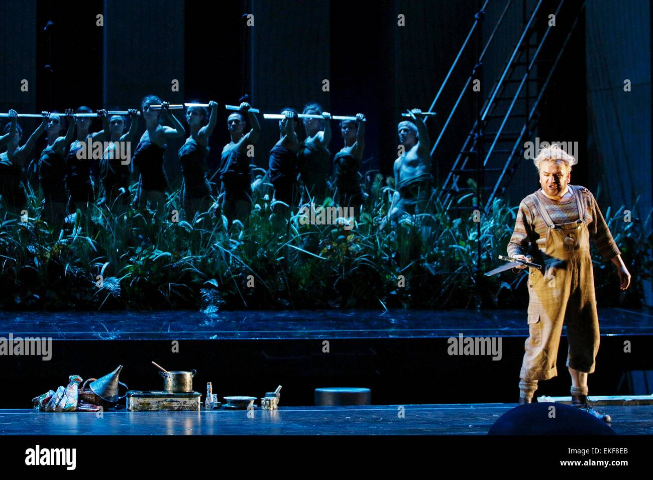 Leipzig, Germany. 7th April, 2015. , Christian Franz performs as Siegfried in the final dress rehearsal of Richard - Stock Image