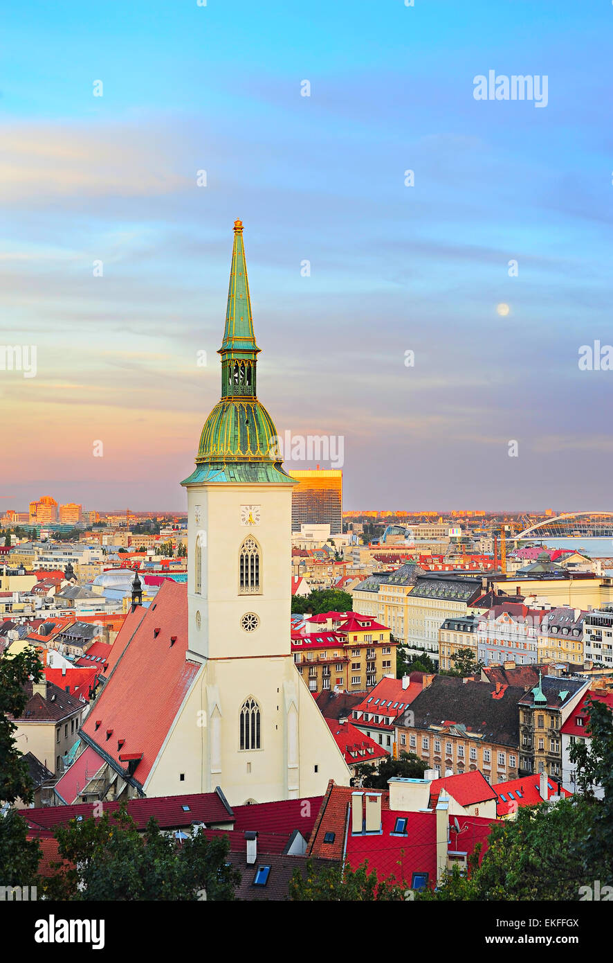 St. Martin's Cathedral at twilight in Bratislava, Slovakia - Stock Image