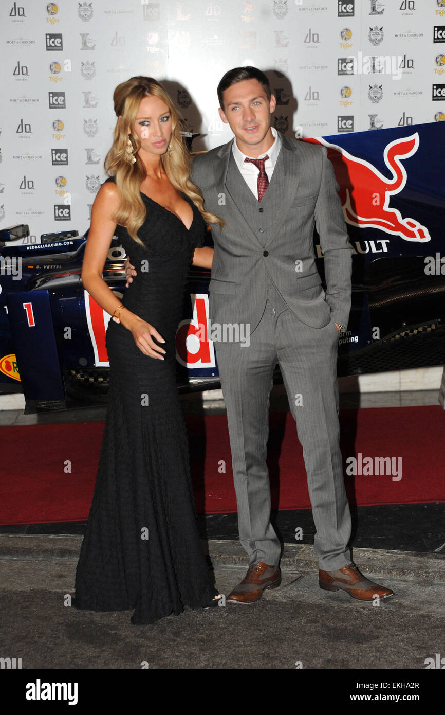 06.JUNE.2011. LONDON  THE ONLY WAY IS ESSEX STARS KIRK NORCROSS AND LAUREN POPE AT THE LONDON BAR AND CLUB AWARDS - Stock Image