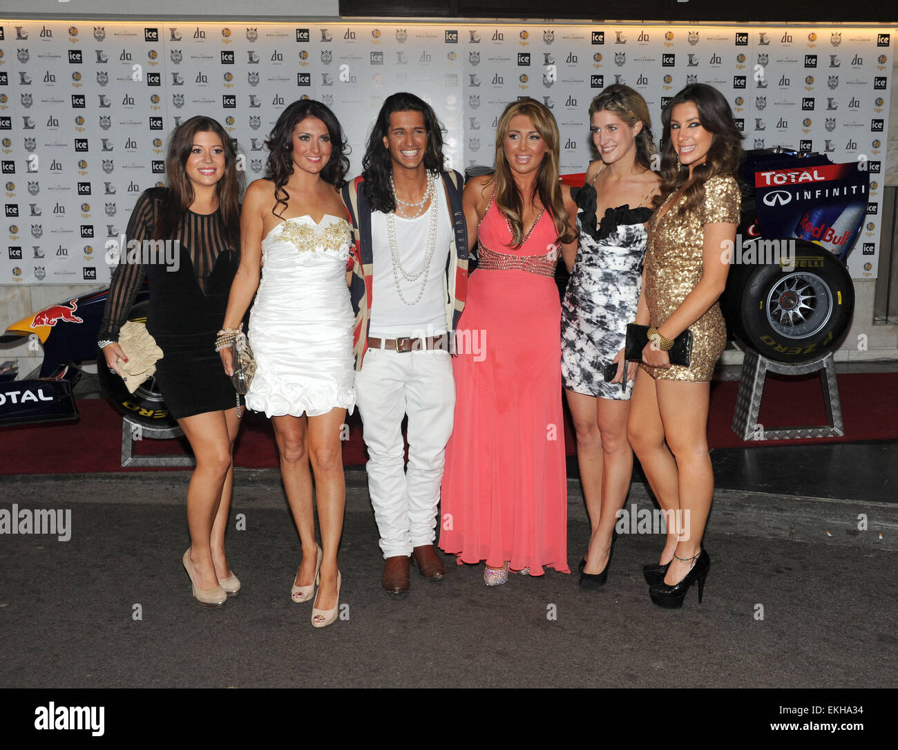 06.JUNE.2011. LONDON  THE ONLY WAY IS ESSEX STAR LAUREN GOODGER WITH THE CAST OF THE TV REALITY SERIES MADE IN CHELSEA - Stock Image