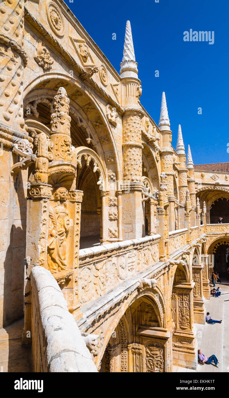 Lisbon, Portugal. Jeronimos Monastery cloister in Belem. Manueline creation completed in 1544. - Stock Image