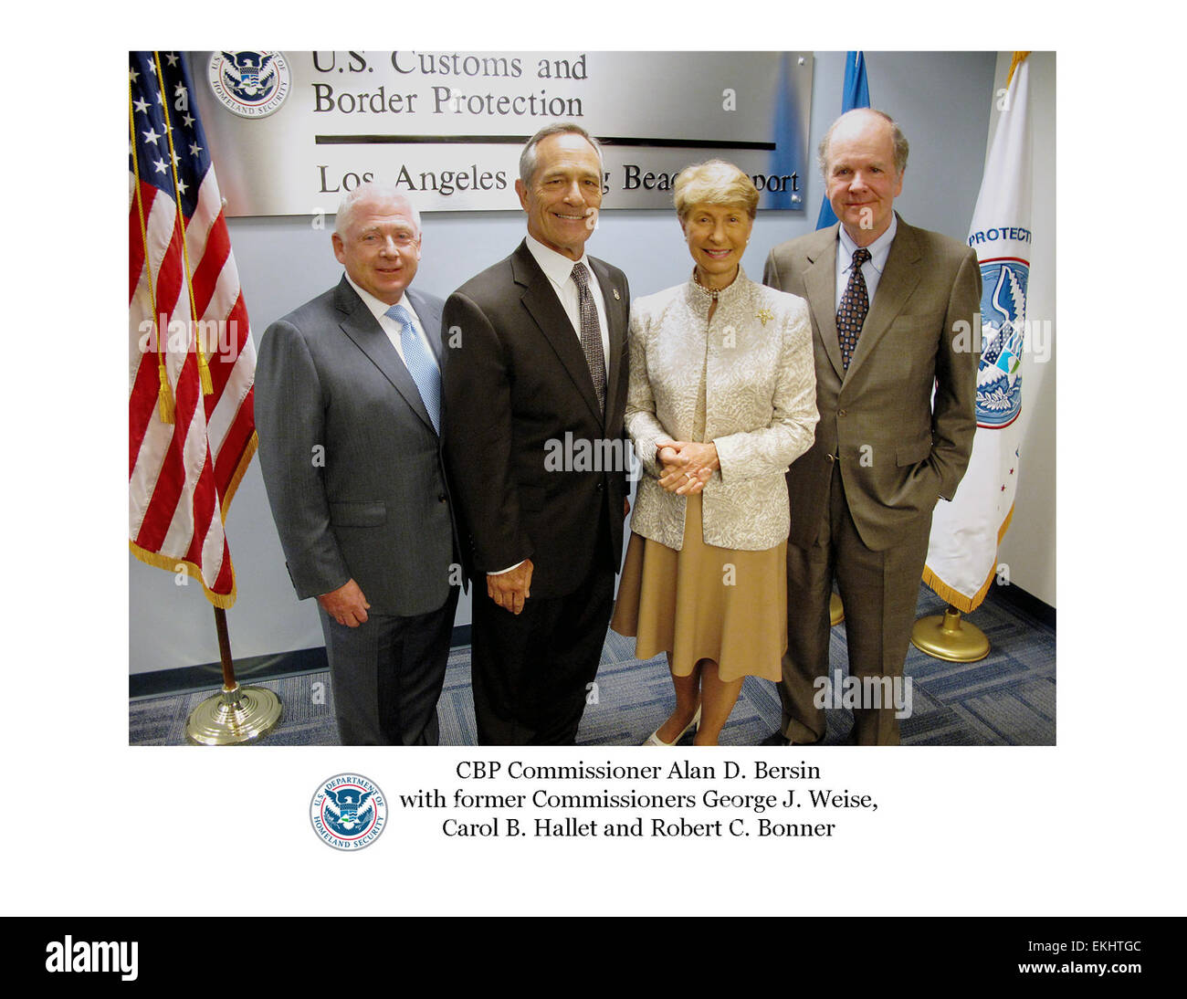 FORMERS: August 2011: U.S. Customs & Border Protection Commissioner Alan D. Bersin and former Commissioners - Stock Image