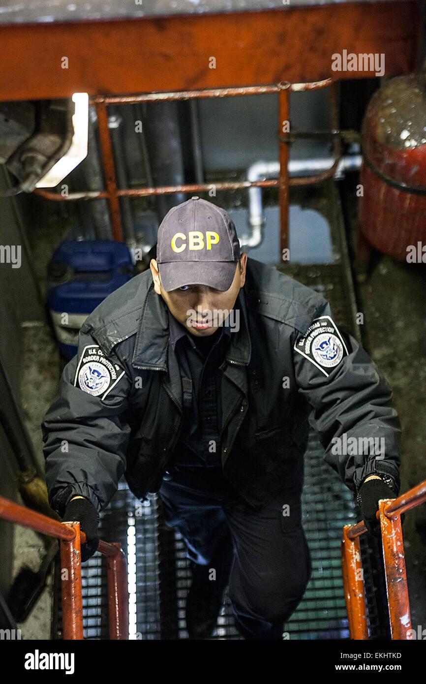 Cargo Ship Engine Room: 110612: Port Of New York / Newark