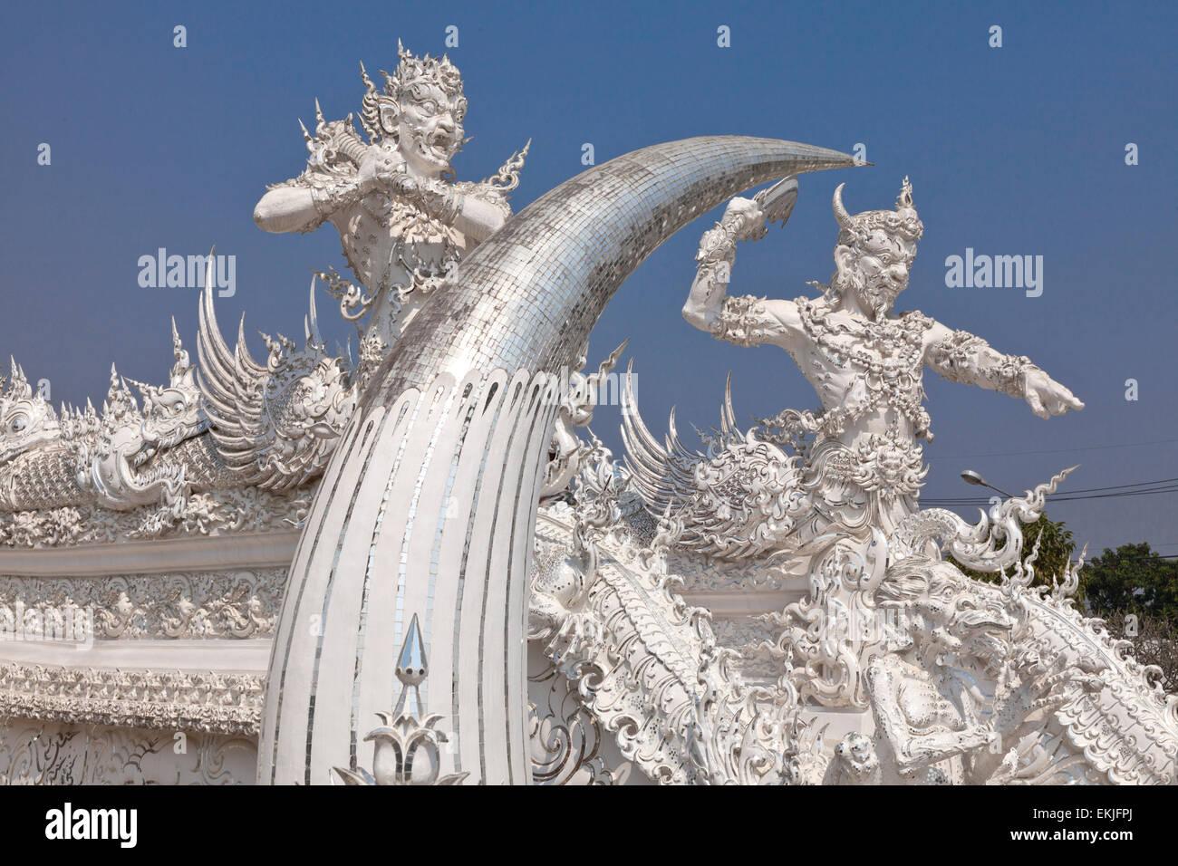 Chalermchai Kositpipat the white temple or wat rong khun createdchalermchai kositpipat