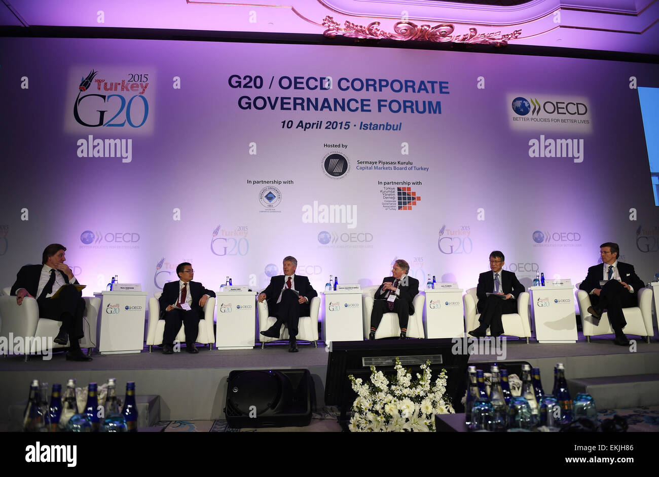 (150410) -- ISTANBUL, April 10, 2015(Xinhua) -- Delegates attend the G20/OECD Corporate Governance Forum in Istanbul, - Stock Image