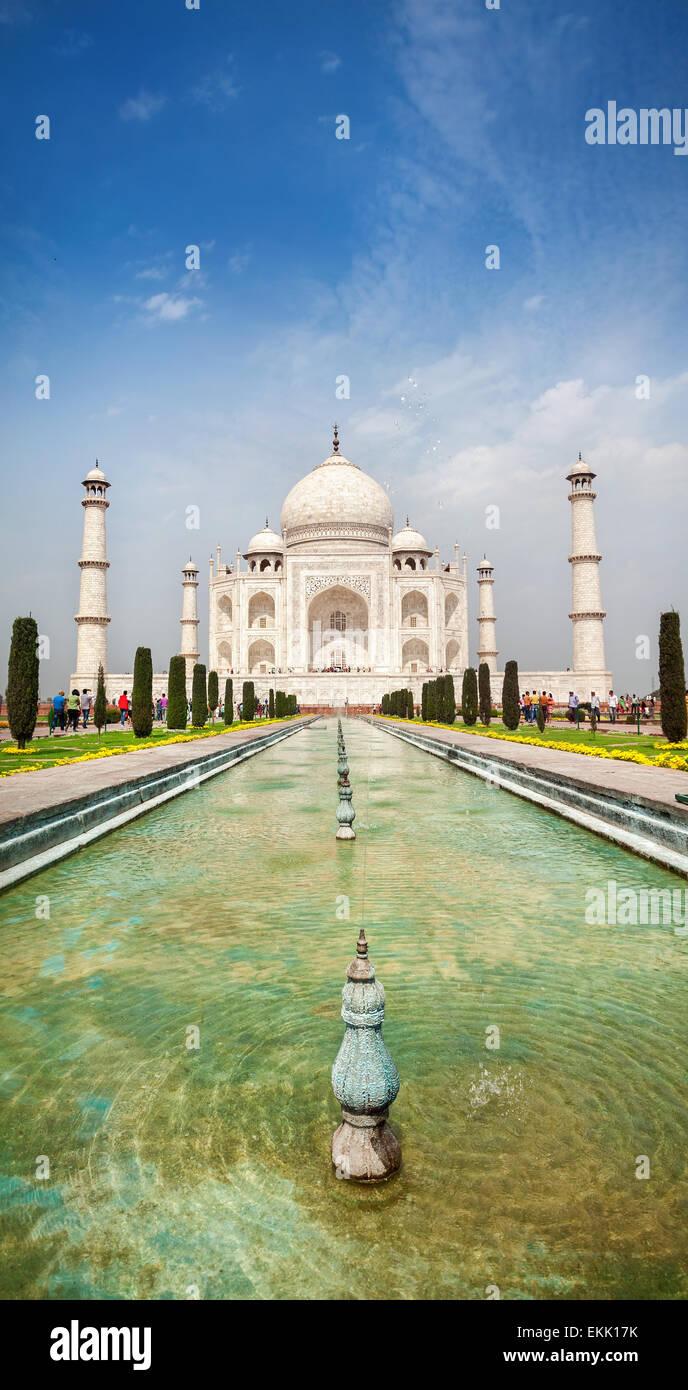 Taj Mahal with fountain at blue sky in Agra, Uttar Pradesh, India - Stock Image