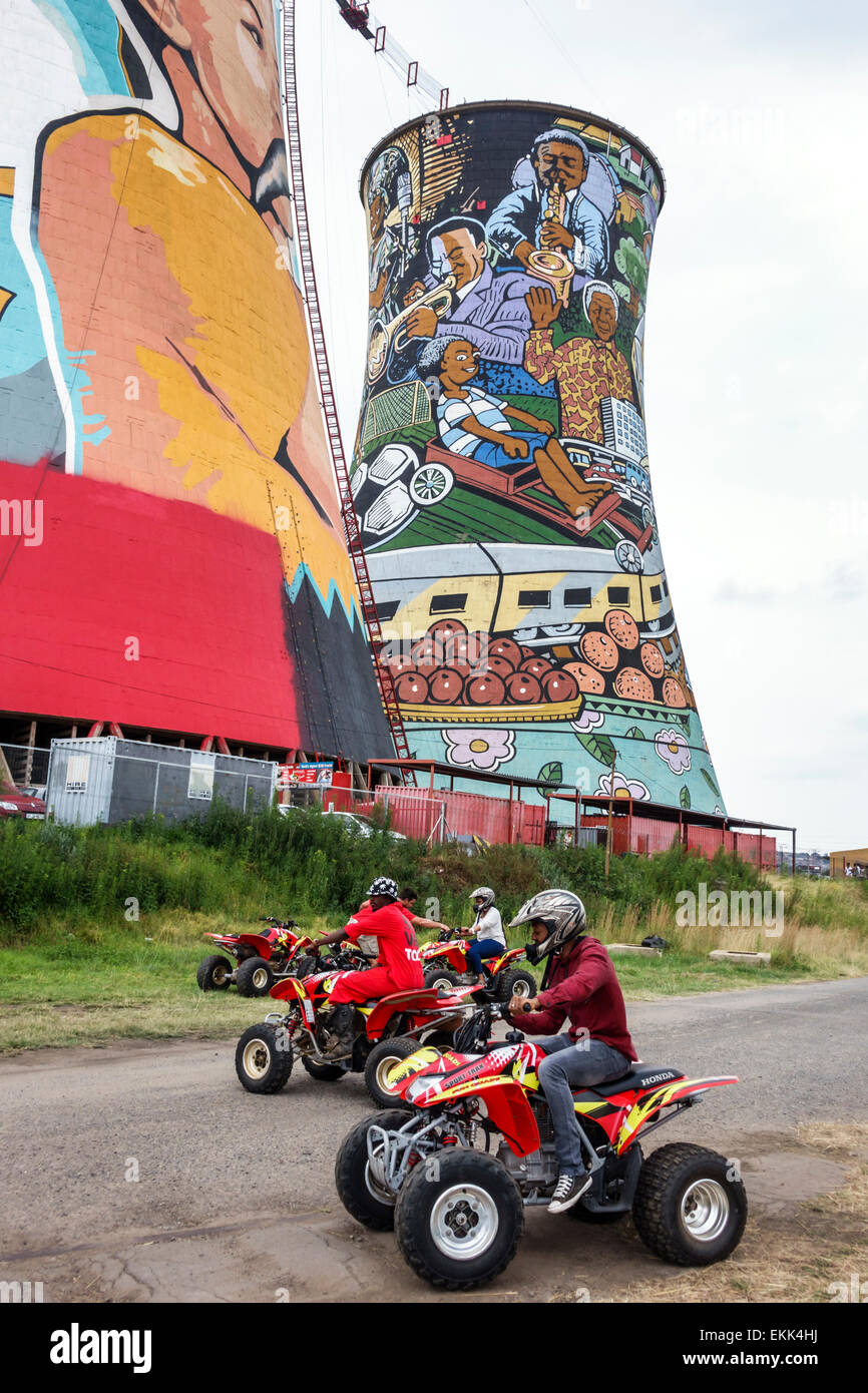 Johannesburg South Africa African Soweto Orlando Cooling Towers Skyriders Bungee Jumping repurposed giant mural - Stock Image