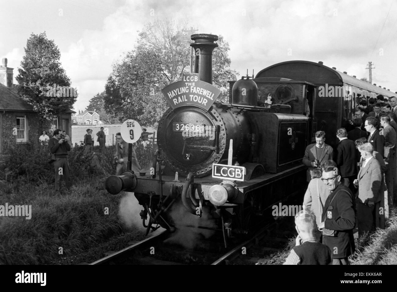 original steam locomotive number 32636 the oldest running british rail locomotive on the hayling island farewell tour Stock Photo