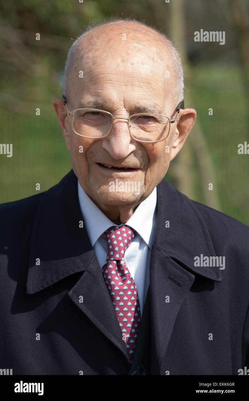 Weimar, Germany. 11th Apr, 2015. French engineer and former prisoner of Buchenwald concentration camp, Bertrand - Stock Image