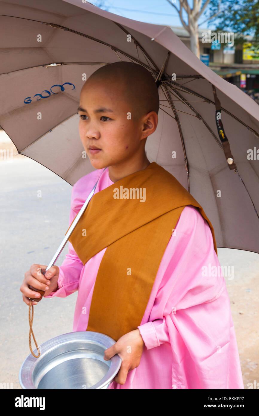 At Pinulin,Pyin Oo Lwin,Pyin U Lin,also known as Maymyo in the Mandalay division of Myanmar (Burma). Religious girl - Stock Image