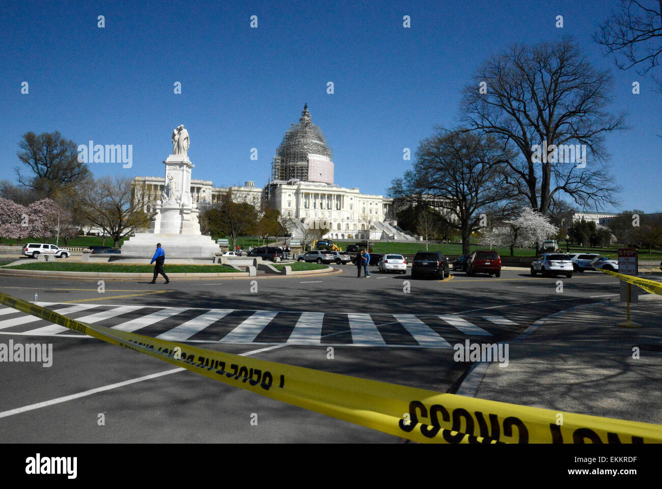 Washington, DC, USA. 11th Apr, 2015. Policemen guard on Capitol Hill after a shooting in Washington, DC, the United - Stock Image