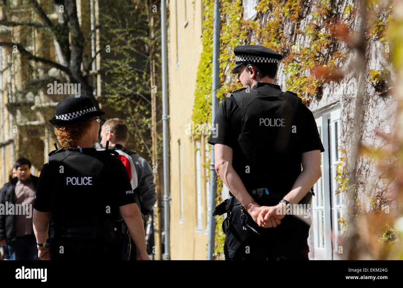 UK Police on patrol in Oxford city center - Stock Image