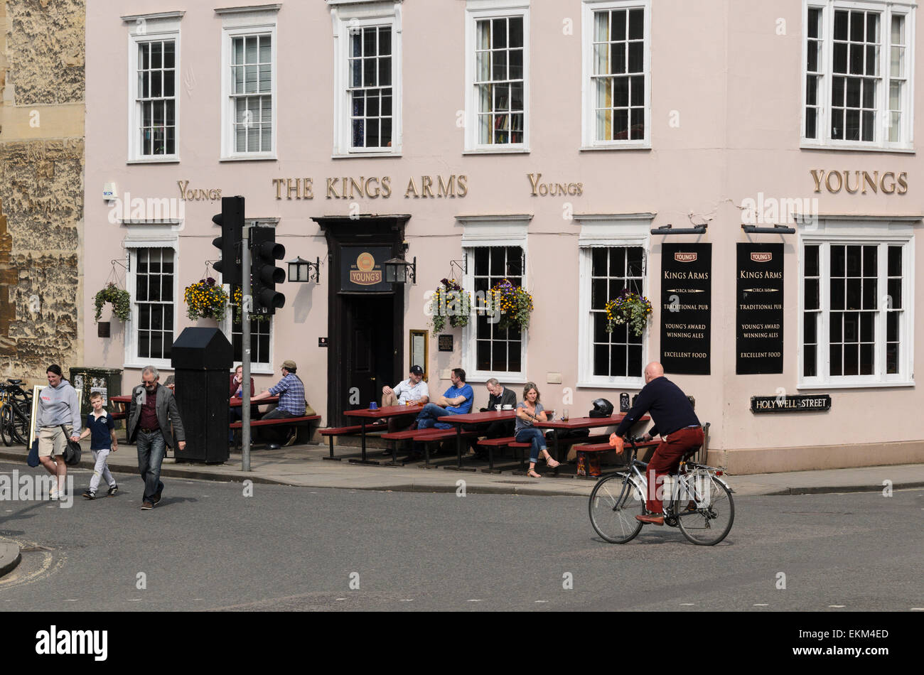 The Kings Arms Pub in the centre of the historic city of Oxford, U.K - Stock Image