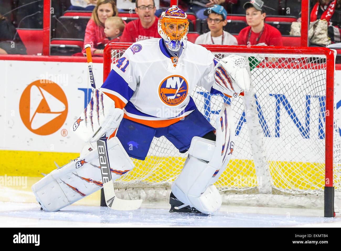best sneakers 1a864 6eb93 New York Islanders goalie Jaroslav Halak (41) during the NHL ...