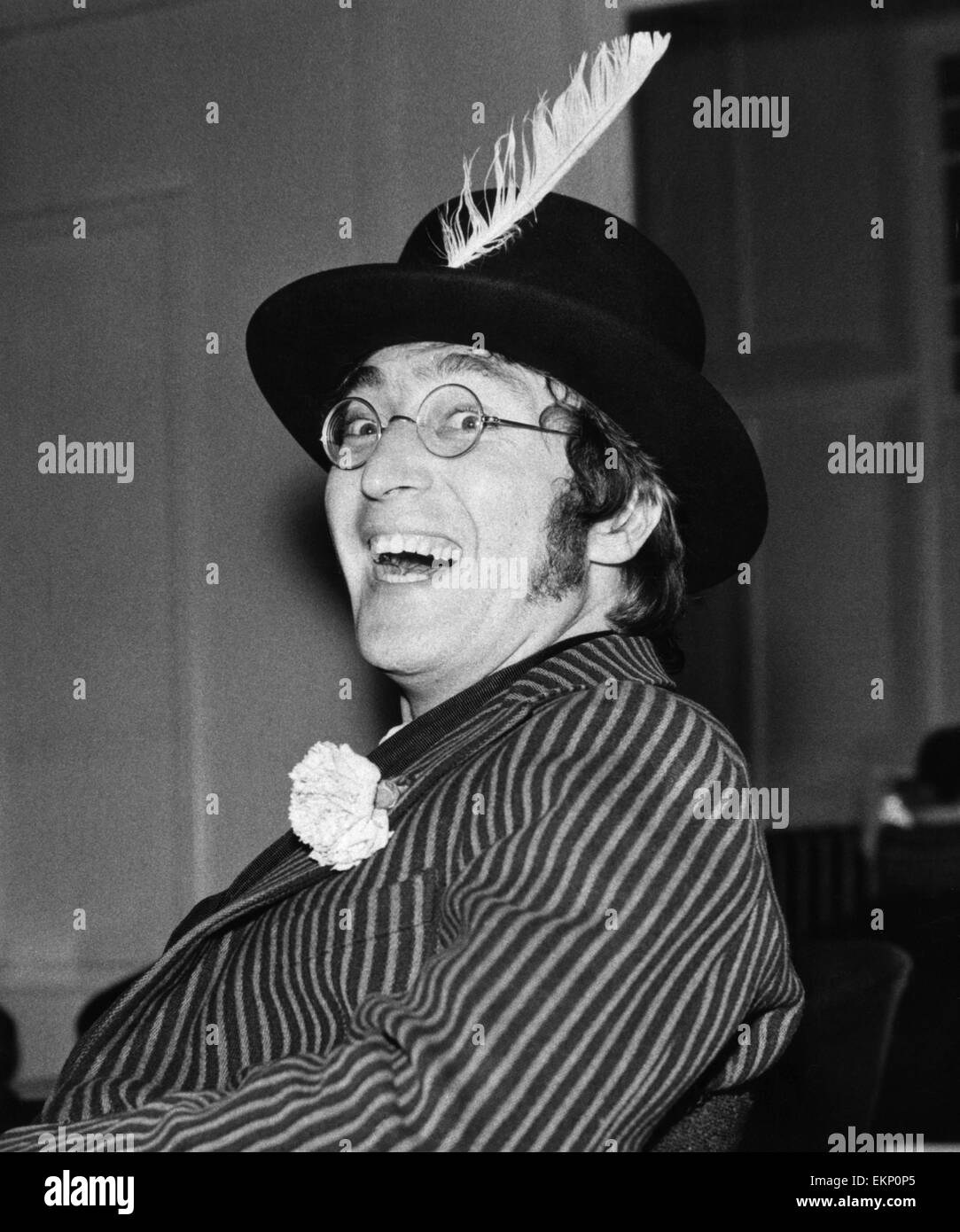 John Lennon Filming Magical Mystery Tour At The Atlantic Hotel In Stock Photo Alamy