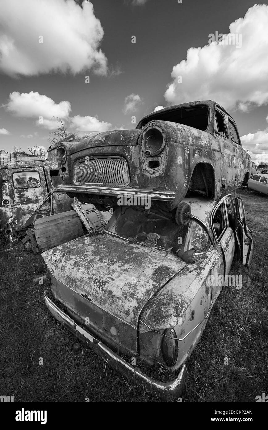 Scrap Yard Black and White Stock Photos & Images - Alamy