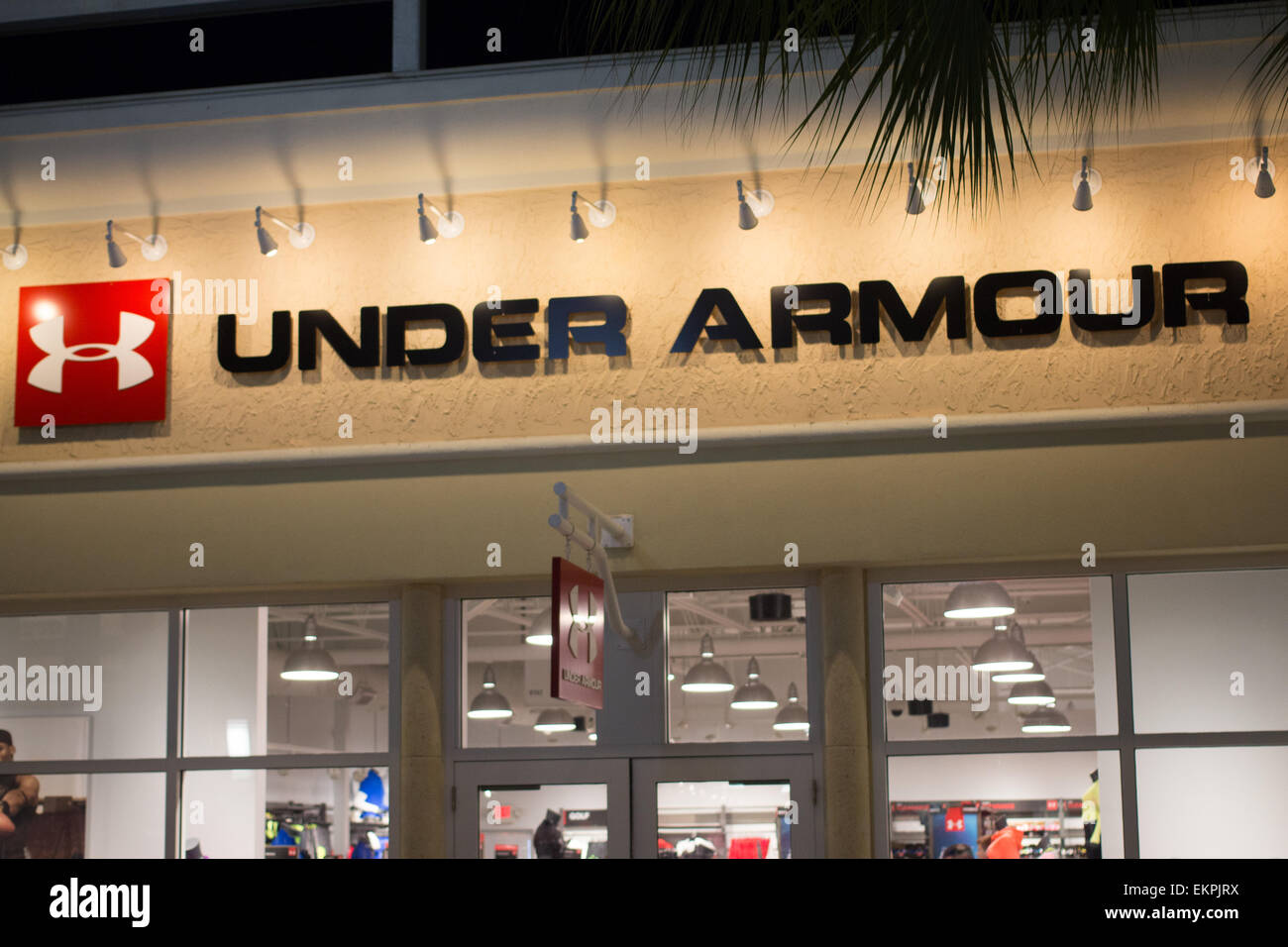 Under Armour sign at the Orlando Outlet Mall in Florida Stock Photo ... a4ca65c30