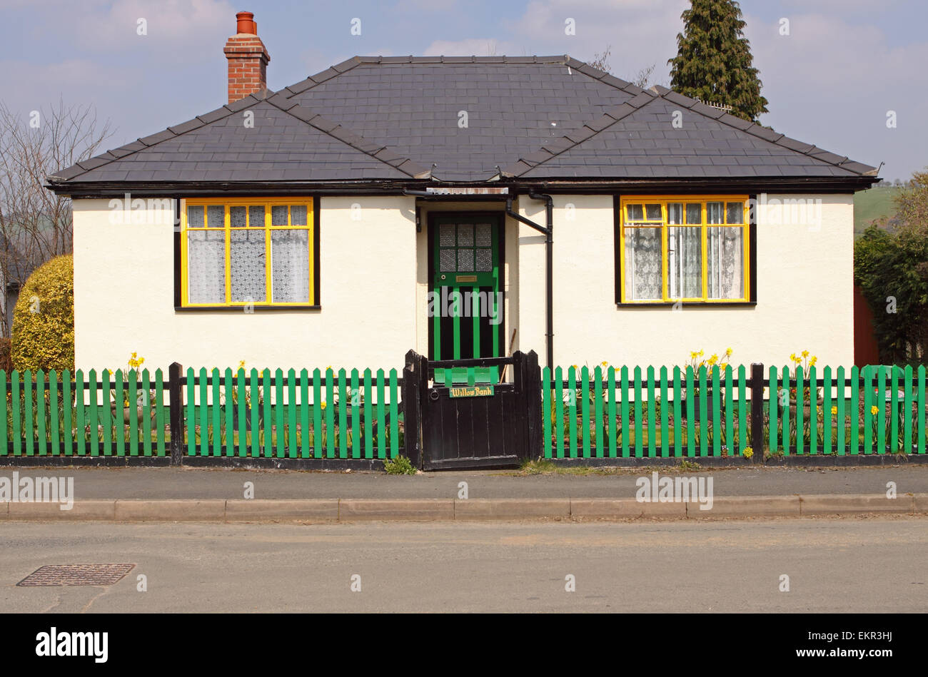 Magnificent Traditional 1930S Style Detached Bungalow Chalet In Knucklas Interior Design Ideas Tzicisoteloinfo