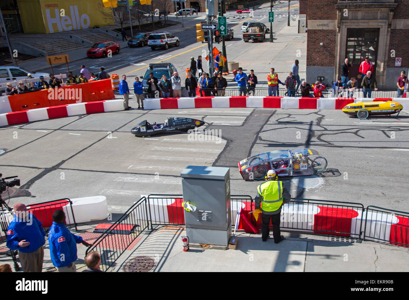 Detroit, Michigan - High school and college students test ultra fuel-efficient cars they have built  in the Shell - Stock Image