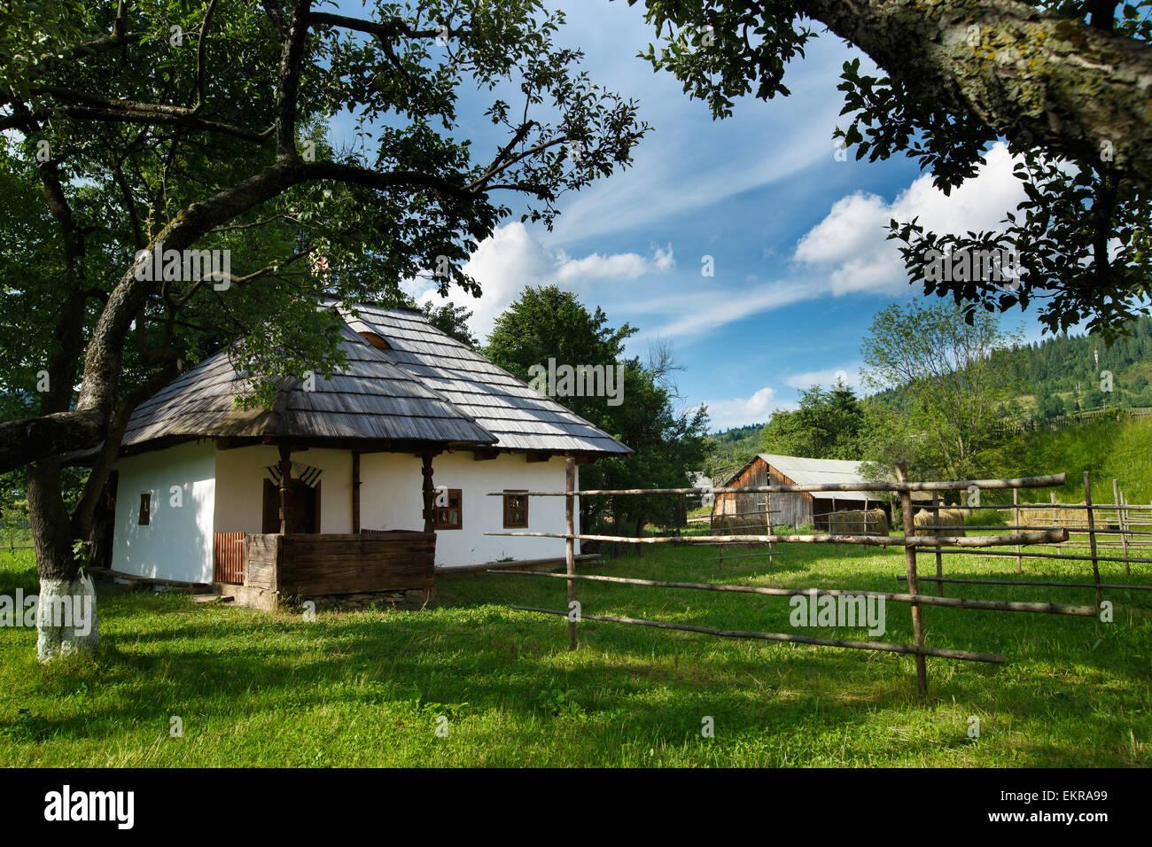 Traditional romanian house from Bucovina/Moldova area - Stock Image