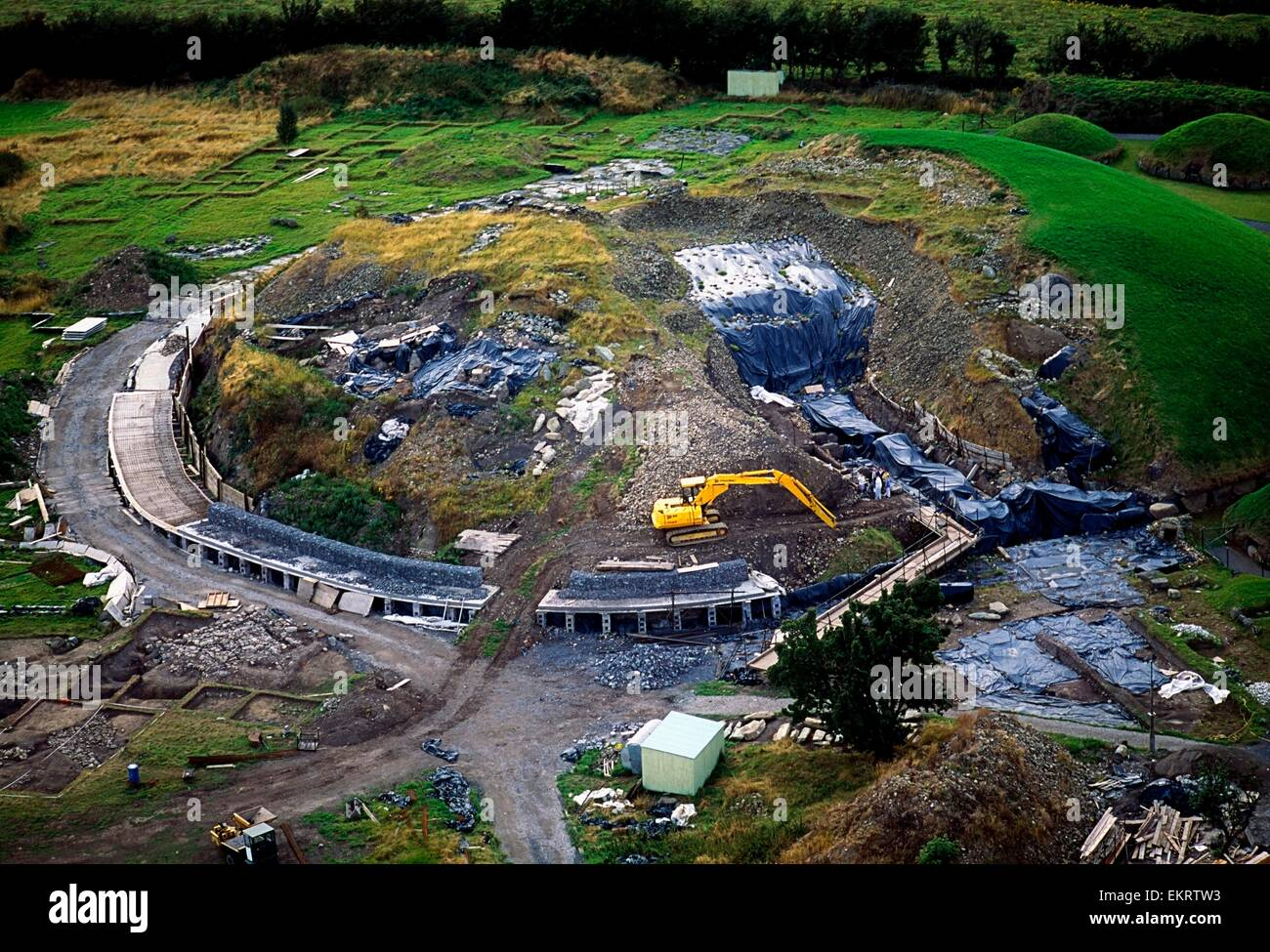 Celtic Archaeology, Excavation Of Newgrange, Co Meath - Stock Image