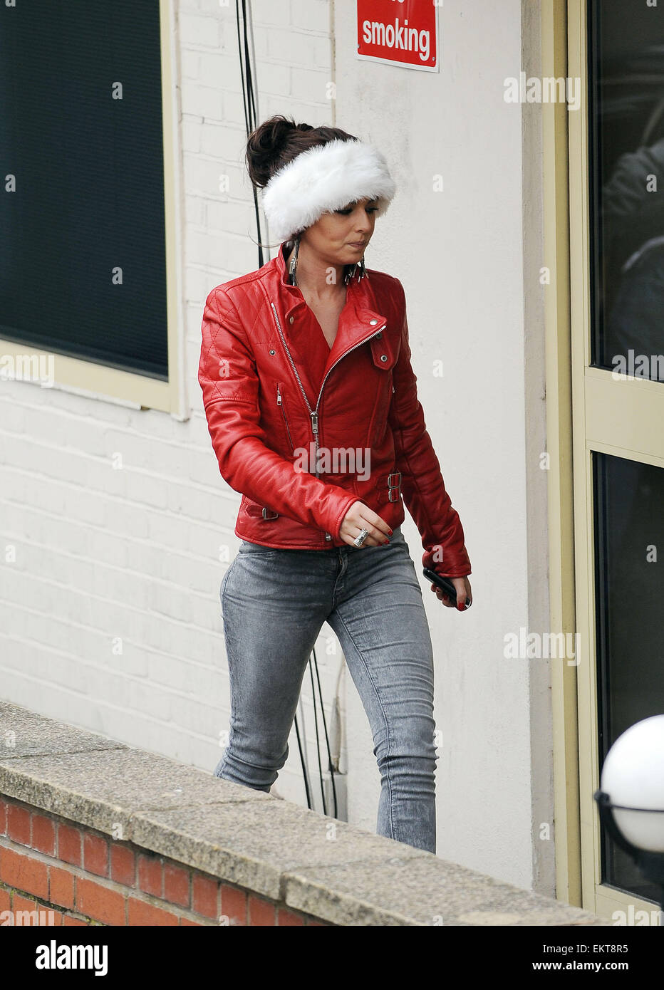 10.DECEMBER.2010. LONDON  CHERYL COLE ARRIVING AT FOUNTAIN STUDIOS IN WEMBLEY FOR THE X-FACTOR REHEARSALS AND POKES - Stock Image