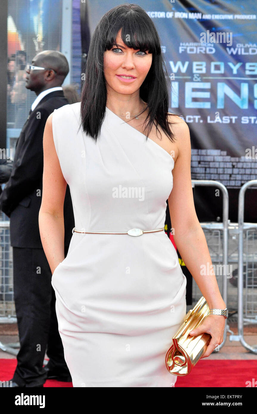11.AUGUST.2011. LONDON  LINZI STOPPARD ATTENDS PREMIERE OF COWBOYS AND ALIENS AT THE 02 ARENA IN LONDON - Stock Image