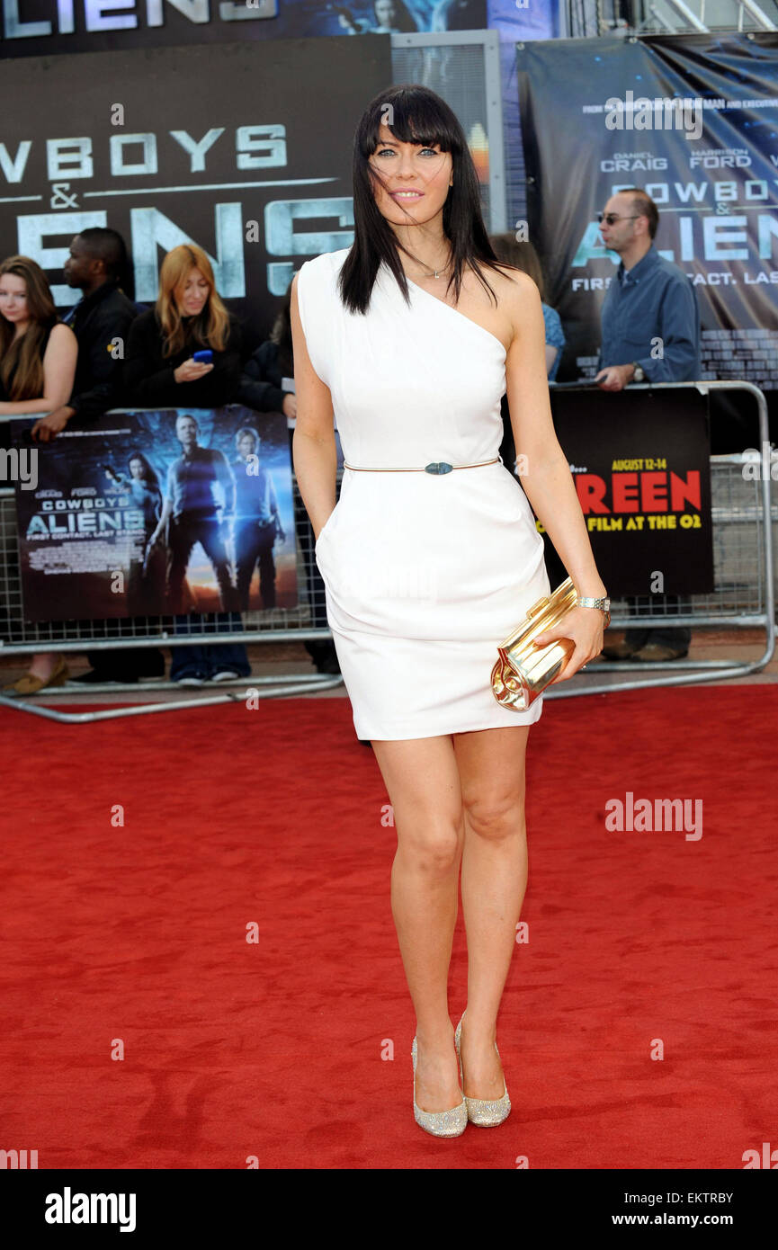 11.AUGUST.2011. LONDON  LINZI STOPPARD ATTENDS THE PREMIERE OF COWBOYS AND ALIENS AT THE 02 ARENA IN LONDON - Stock Image