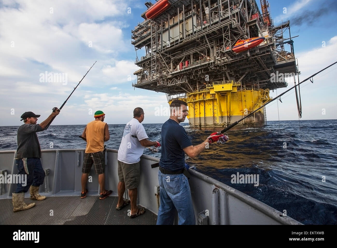 Deep Oil : Aboard the Perdido Platform - YouTube