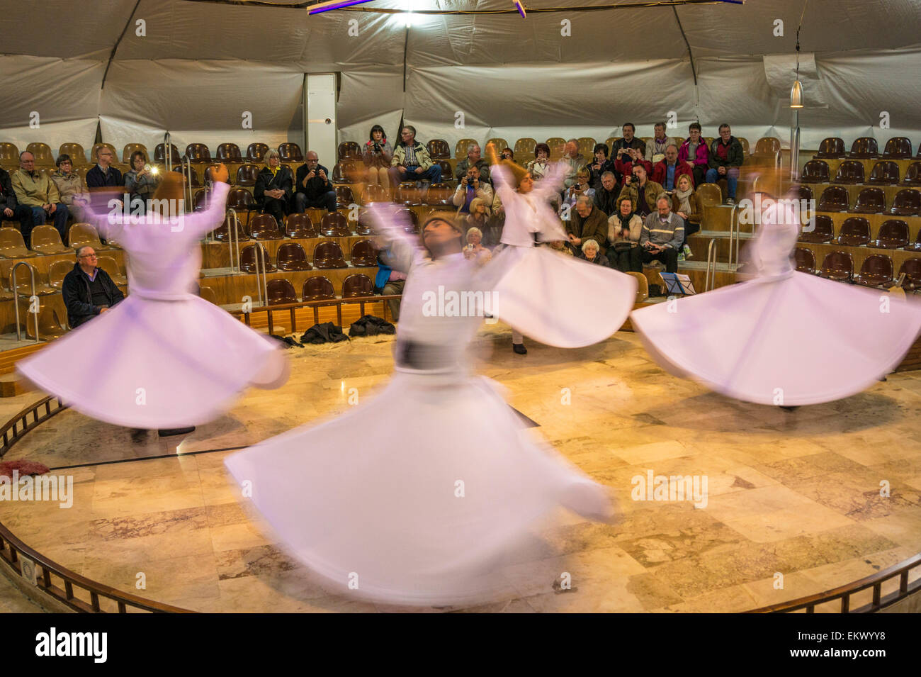 Whirling Dervish dancers, Pamukkale, Turkey Stock Photo