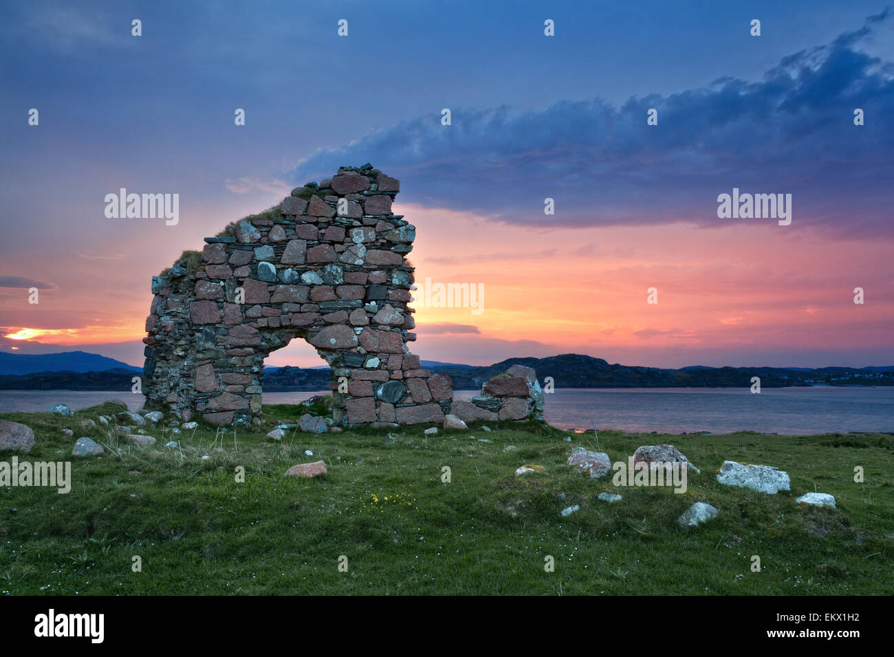 Ruins at sunrise on the isle of Iona, Scotland - Stock Image