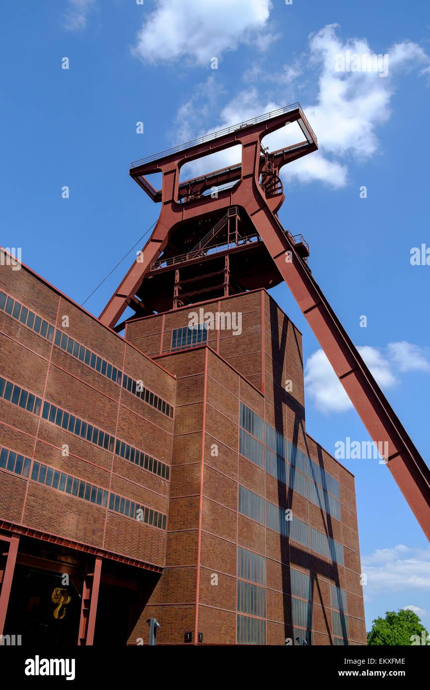 Zollverein Coal Mine Industrial Complex (German Zeche Zollverein) is a large former industrial site in the city - Stock Image